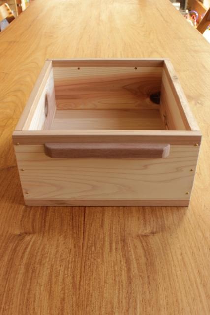 おもちゃ箱つくり計画~完成!~_f0170331_16133591.jpg