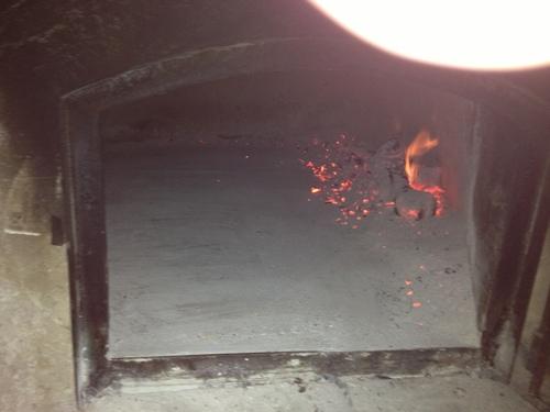 Pizzaを焼く_e0186099_6451896.jpg