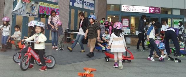 ポップスニーカーズによる初イベントはイオン品川シーサイド店でした!_d0148223_9461352.jpg