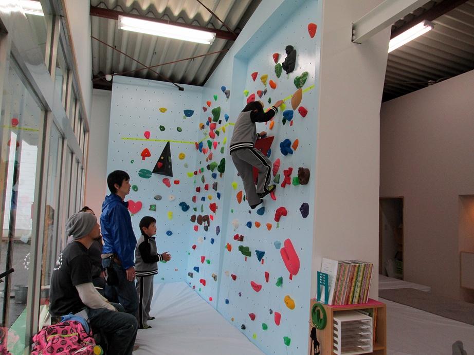 Bouldering gym・ROCKESTRA open !!_f0050226_0433739.jpg