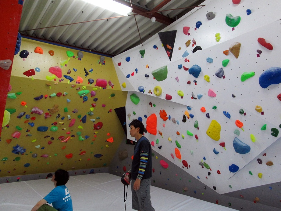 Bouldering gym・ROCKESTRA open !!_f0050226_0524670.jpg