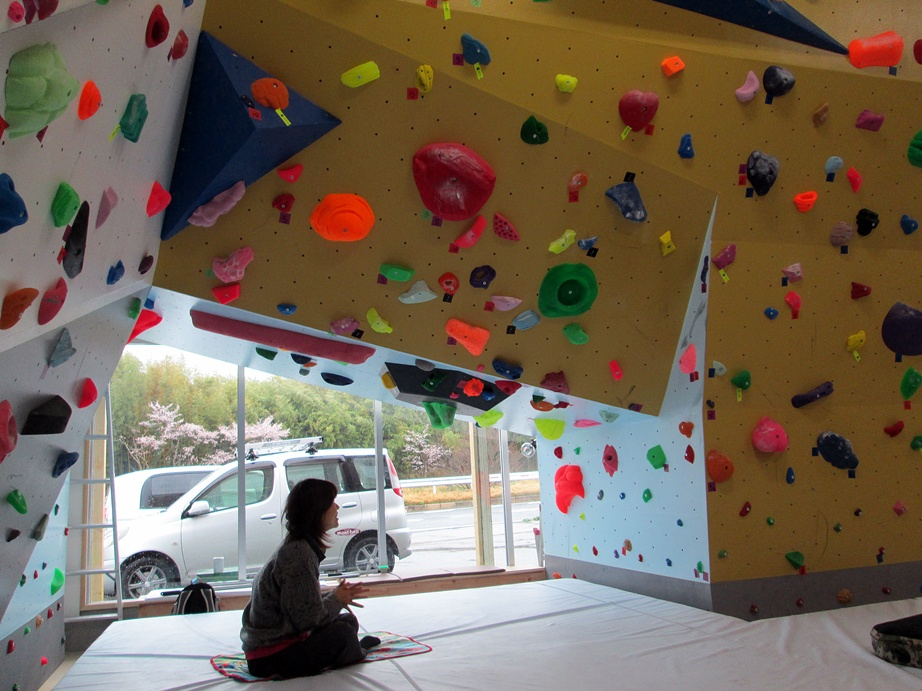 Bouldering gym・ROCKESTRA open !!_f0050226_10182543.jpg