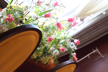 春の装花 息吹 如水会館様へ_a0042928_20105696.jpg