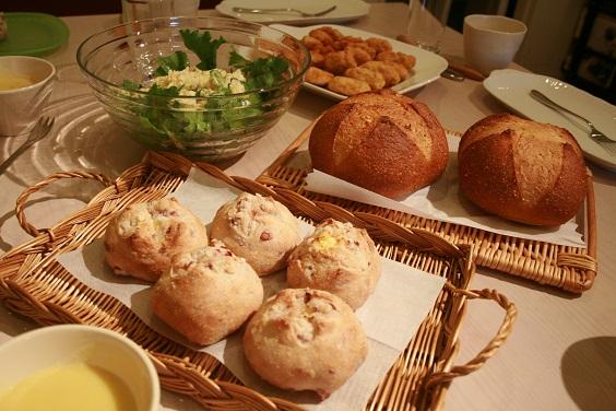 いとまゆ先生の出張レッスンとパンの勉強会。_e0045565_1704050.jpg
