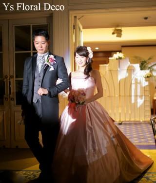 淡いピンク色のドレスに ピンクのラウンドブーケ_b0113510_23324091.jpg