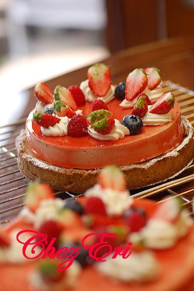 テーマは苺を使った可愛らしいお菓子_a0160955_19242953.jpg