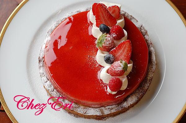 テーマは苺を使った可愛らしいお菓子_a0160955_1924431.jpg