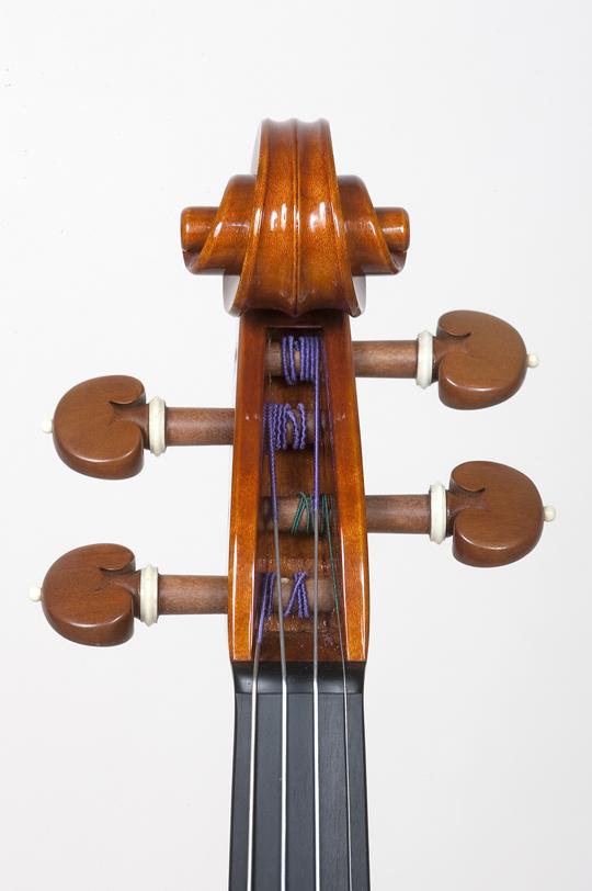 新作ヴァイオリンの完成_d0047461_14343017.jpg