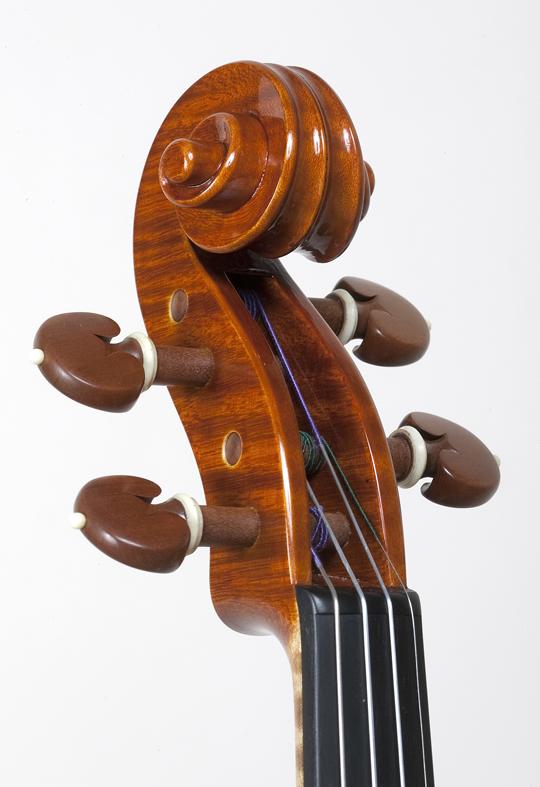 新作ヴァイオリンの完成_d0047461_14355597.jpg