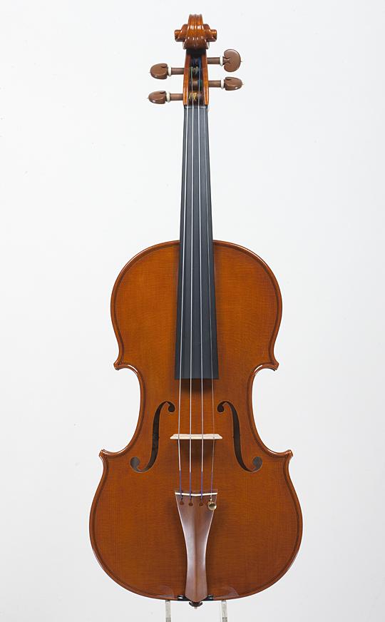 新作ヴァイオリンの完成_d0047461_22435021.jpg