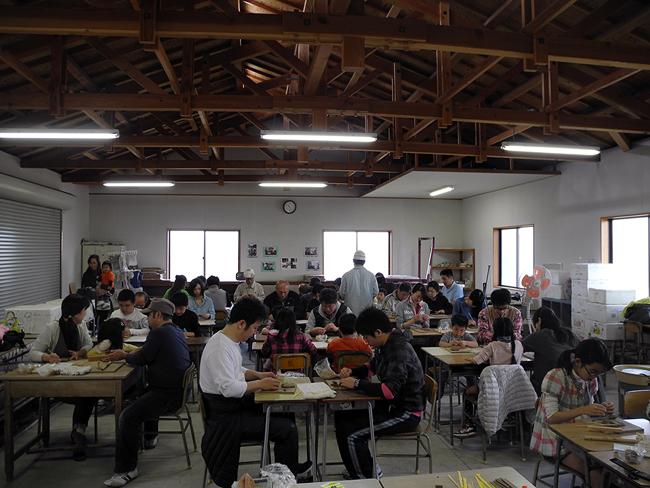 おかやま山陽高校でイヌ用タイル_b0052471_1812353.jpg