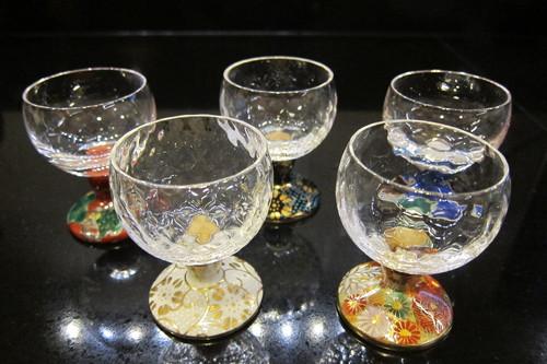 九谷焼と江戸硝子のコラボのグラス_d0240098_5541645.jpg