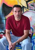 NYの街角アート、お馴染みのバウリー壁画は今ポパイ_b0007805_117469.jpg