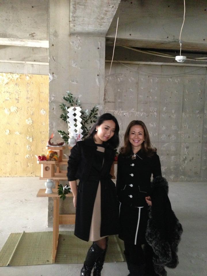 レジィーナロマンティコが南青山店に移転します!_f0215324_23393927.jpg