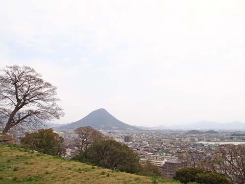 うどん県④ 『五色台&丸亀城』_a0224382_021579.jpg