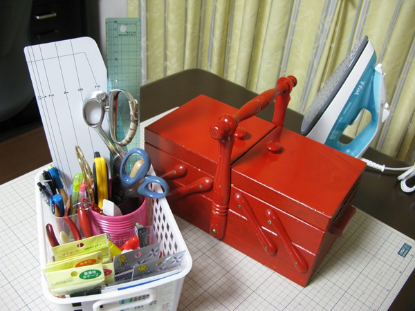 裁縫道具 整理整頓_f0129726_2233222.jpg