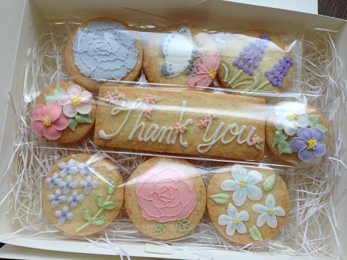 5月のお菓子BOX、キャンセル分受け付けいたします。_a0274443_8102826.jpg