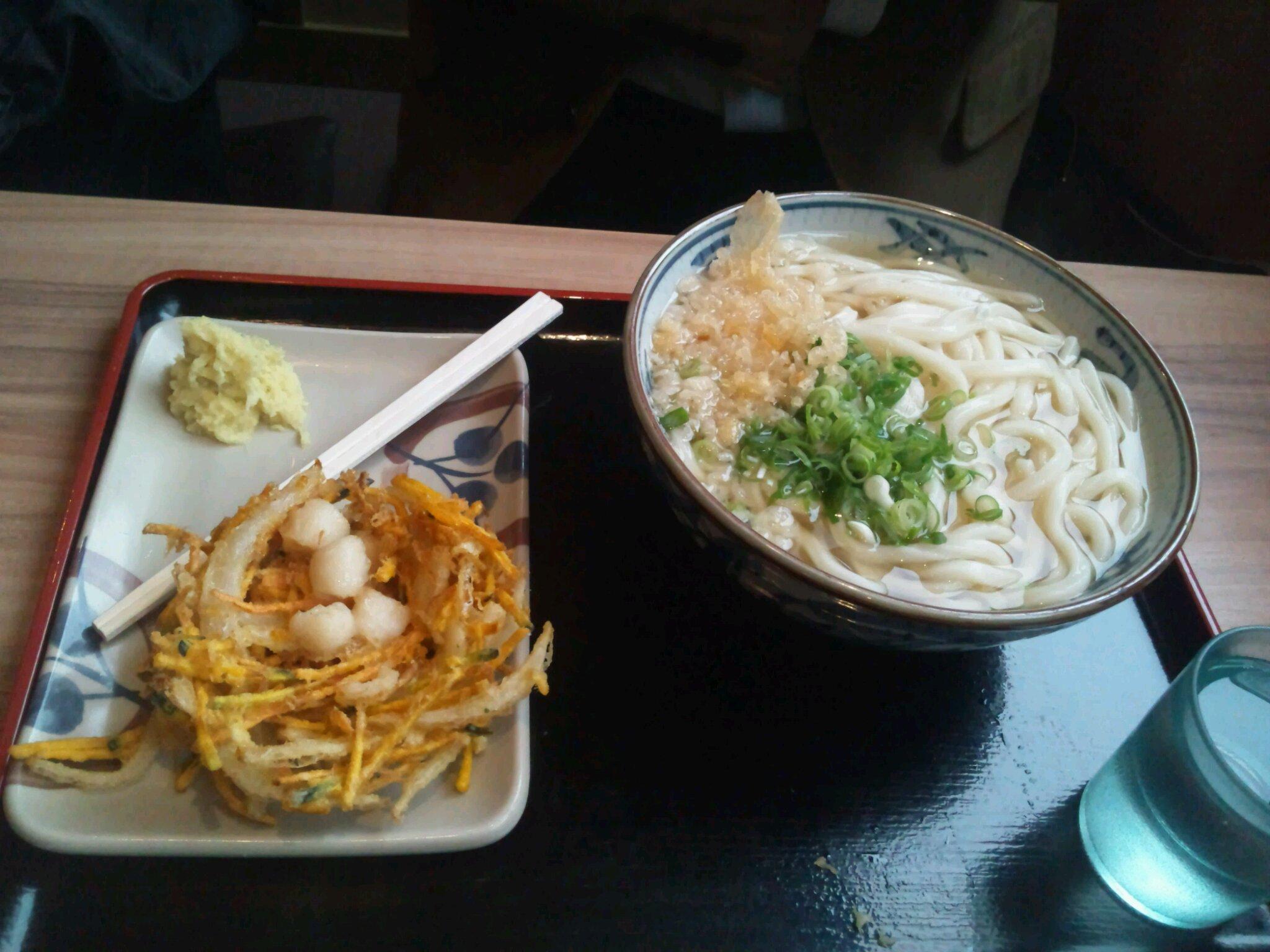 イワサキ高松店近隣ランチ情報 : さぬき麺市場 高松伏石店_b0163075_8234026.jpg