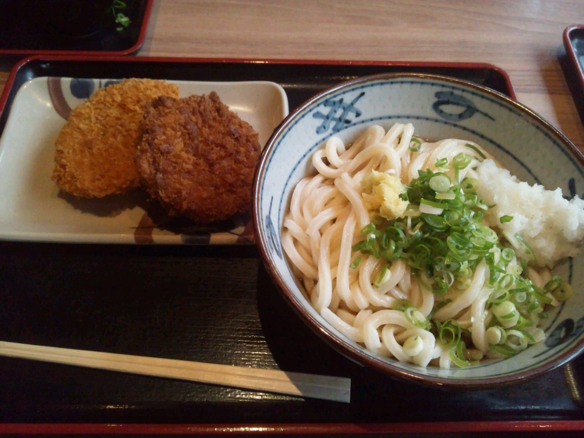 イワサキ高松店近隣ランチ情報 : さぬき麺市場 高松伏石店_b0163075_8305725.jpg