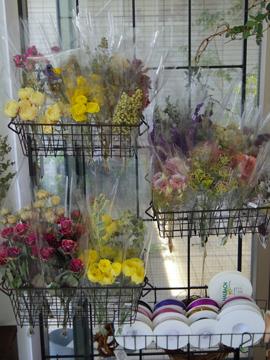 今月の花材コーナー♪_d0167088_959568.jpg