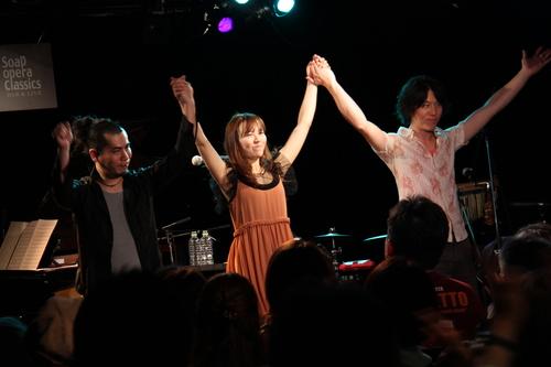 大阪4日間ありがとう!そして本日NHK FMに出演!_e0261371_1663259.jpg