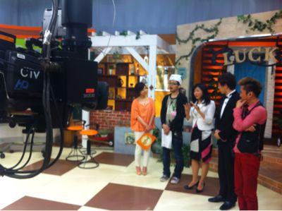 明日、中京テレビ 『ラッキーフライデー!!』に出演します!_e0142585_20551755.jpg