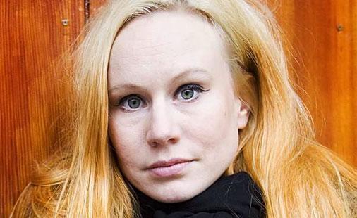 Susanna のライヴ・ヴィデオ_e0081206_11393245.jpg