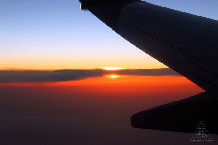173 空 ~飛行機から見る最高の夕日~_c0211532_2345152.jpg