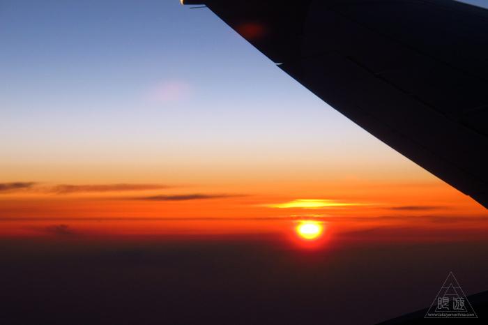 173 空 ~飛行機から見る最高の夕日~_c0211532_2345848.jpg
