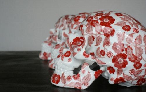ヌーンの赤い花、予約受付開始_a0077842_2211697.jpg