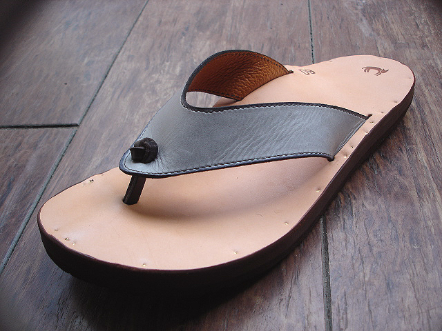 NEW : Jutta Neumann [SANDALS] from NYC_a0132147_23392640.jpg
