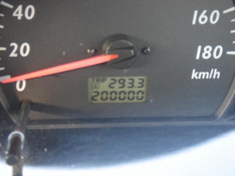 200,000km_e0131560_15455324.jpg