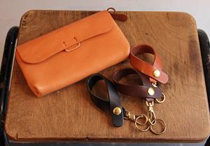 ユリカの財布とキーホルダーが届きました。_a0121667_15475635.jpg