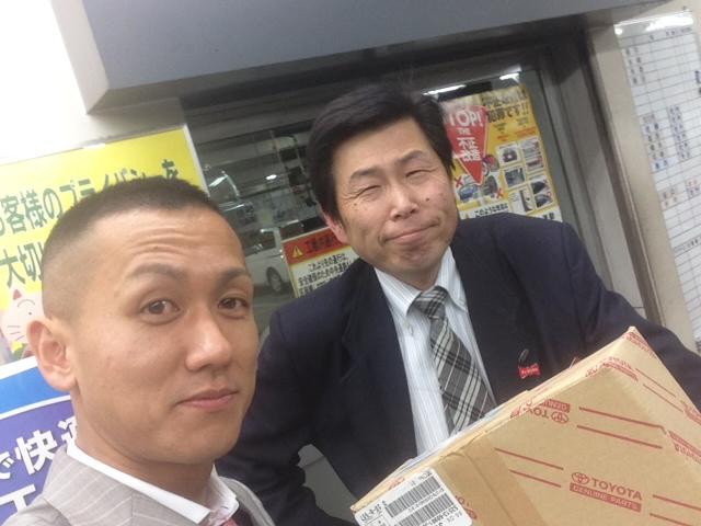 札幌トヨタさんでM様シグナスの不足パーツ引取り_b0127002_135151.jpg