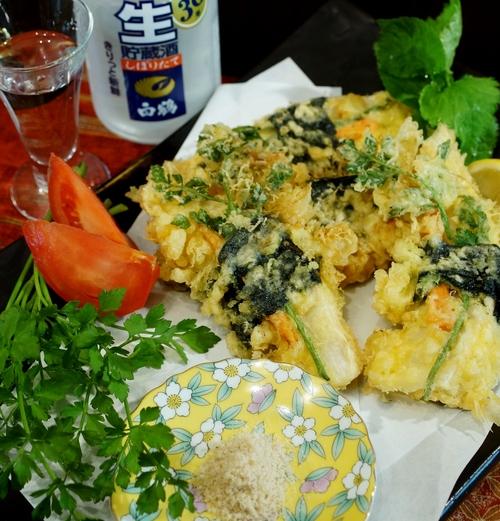 季節のおつまみ【竹の子とセリの磯辺天】笹塩とレモン添えです。_b0033423_0333877.jpg
