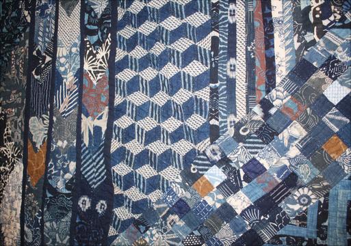 塚田純子古布遺作展はすばらしい、布に顔を近づけると音楽が聞こえる。_d0178448_15595679.jpg