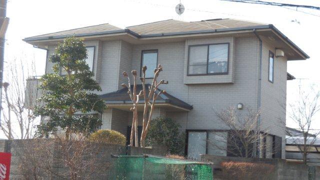 屋根・外壁の塗替えを始めています(神奈川県秦野市)_e0207151_6441498.jpg