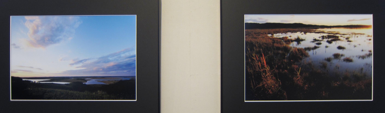 2014)「大坪俊裕 写真作品集 『枯白凛 ~霧多布湿原 秋冬~』」 資料館 4月9日(火)~4月14日(日)_f0126829_20153918.jpg