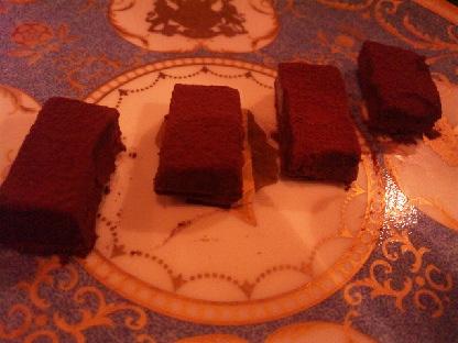 科学反応?を利用したウイスキーの自家製生チョコレート_d0011635_17222515.jpg
