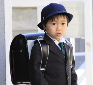 将来ラングスジャパンを担っていく孫の入学式_d0148223_2353988.jpg