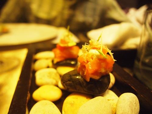 納得いかなかった4万円の食事・・・Sra Bua _e0182138_19341482.jpg