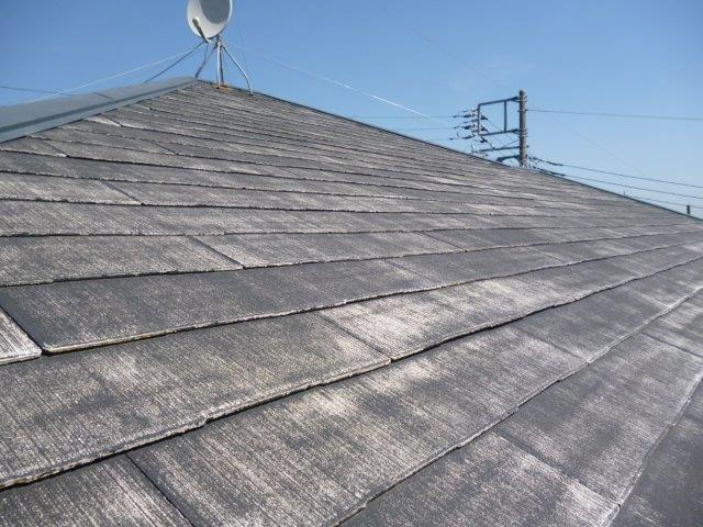 外壁・屋根の塗替えを始めています2(神奈川県秦野市)_e0207151_2064112.jpg
