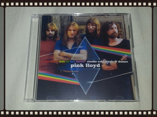 PINK FLOYD / THE DARK SIDE OF THE MOON BLUE TRIANGLE_b0042308_0234473.jpg