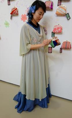 オートクチュール…夢のドレスをおつくりしませう。_a0017350_20235865.jpg