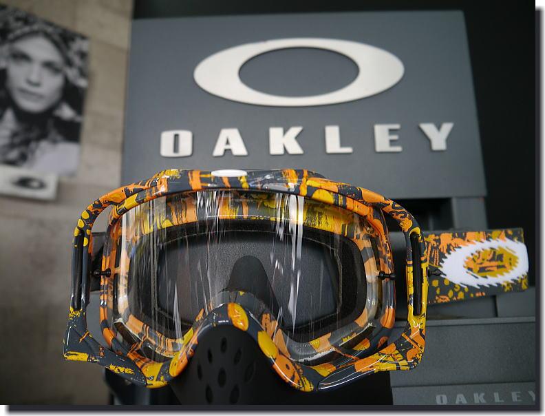 OAKLEY MX2013_f0178858_2045561.jpg