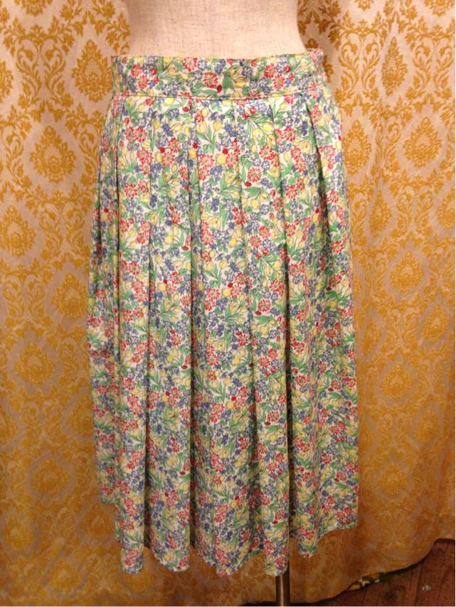 お花のひざ下スカート_e0268298_17161279.jpg