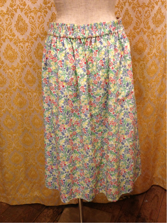 お花のひざ下スカート_e0268298_17164975.jpg