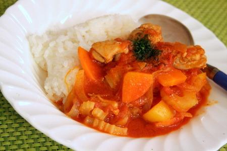 野菜たっぷり!!チキンのトマトソース煮込み_f0141419_6434714.jpg