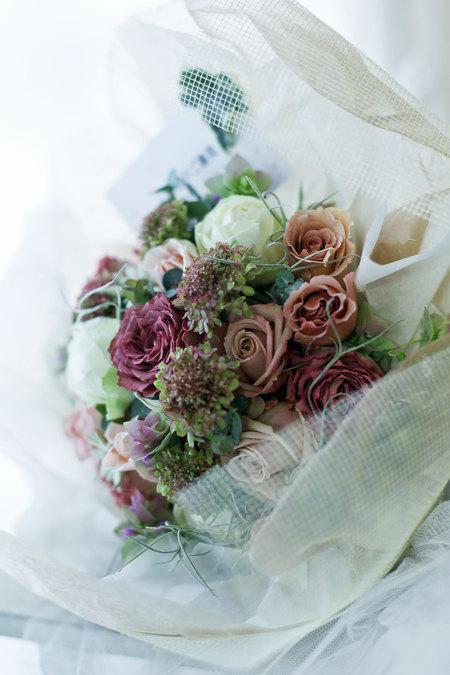 ご結婚記念日 気持ちのこもった贈り物_a0042928_21292679.jpg
