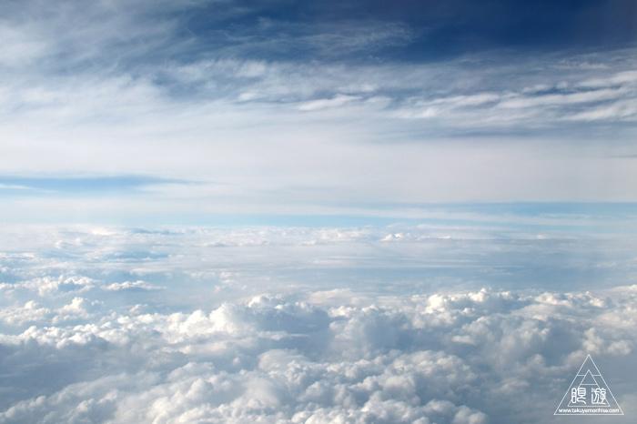 174 空 ~雲の隙間からのぞく山々~_c0211532_1553760.jpg